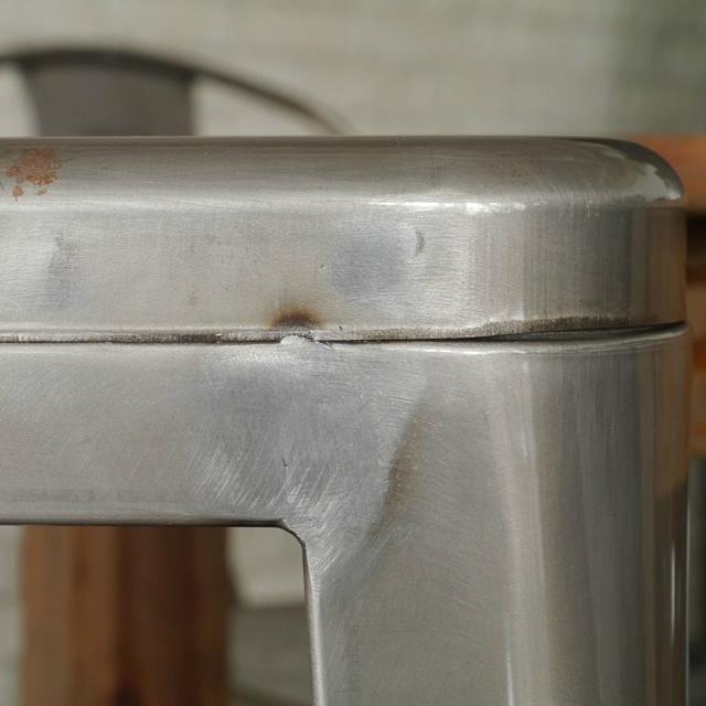 スチール製のおしゃれなワゴン 1601ワゴン ガルト GART